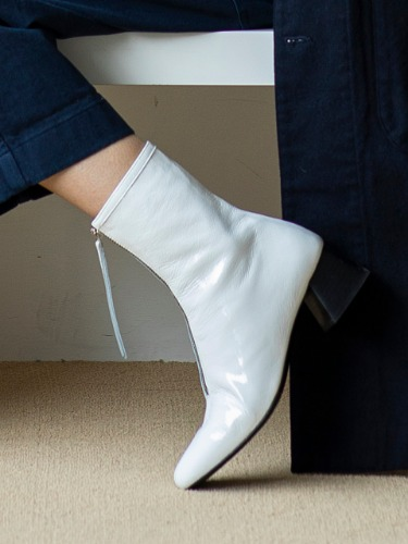 BJB19405 Ella Zipper Ankle Boots WHITE